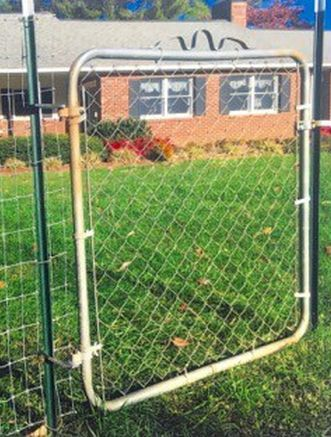 Hang A Gate From A T Post T Post Fence Diy Garden Fence Fence Gate