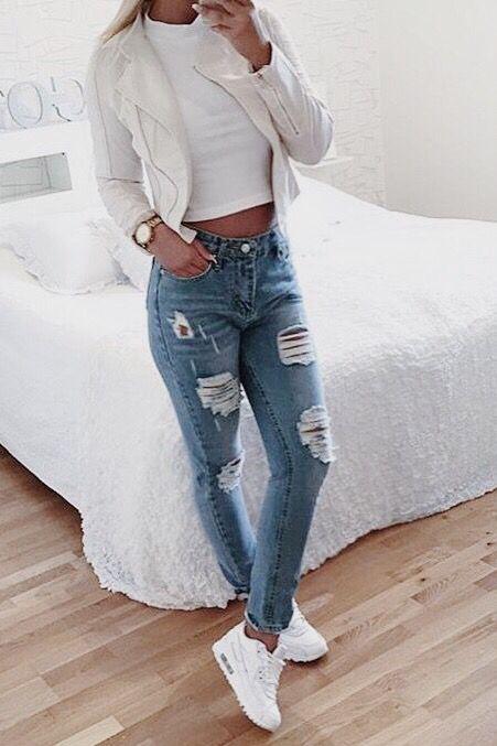 Resultado de imagen para mujeres cabello corto sexy cuerpo completo