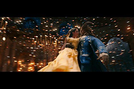 Emma Watson And Dan Stevens In Beauty And The Beast 2017