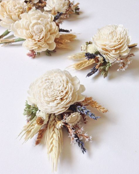 Harvest Meadow - Unique Boutonnieres for the Groom - Photos