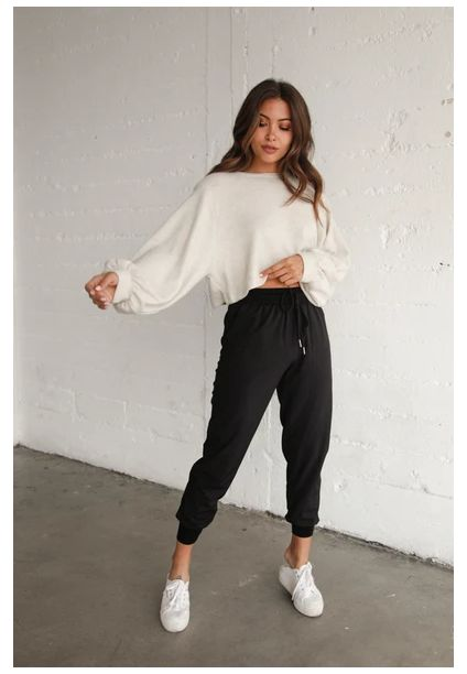 Trendy Fall Outfits, Cute Comfy Outfits, Winter Fashion Outfits, Simple Outfits, Stylish Outfits, Ski Fashion, Sporty Fashion, Basic Outfits, Sporty Chic