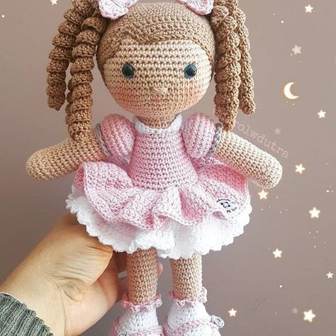 Educational and interesting ideas about amigurumi, crochet tutorials are here. Knitted Dolls Free, Doll Amigurumi Free Pattern, Doll Patterns Free, Crochet Amigurumi Free Patterns, Crochet Animal Patterns, Amigurumi Doll, Crochet Doll Tutorial, Crochet Bag Tutorials, Amigurumi Tutorial