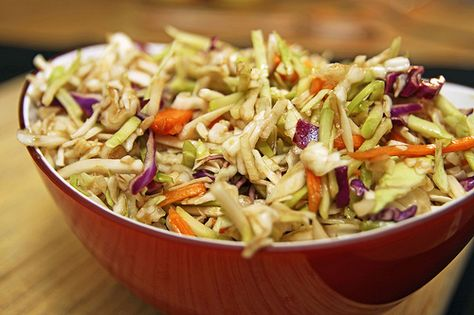 balsamic vinaigrette coleslaw - I bet I would like this way better than the mayo ones