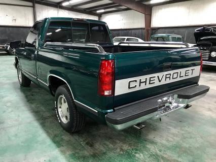 1996 Chevrolet C1500 1996 Chevrolet C1500 Silverado Short Bed Pickup Chevrolet Classic Trucks Chevrolet Trucks