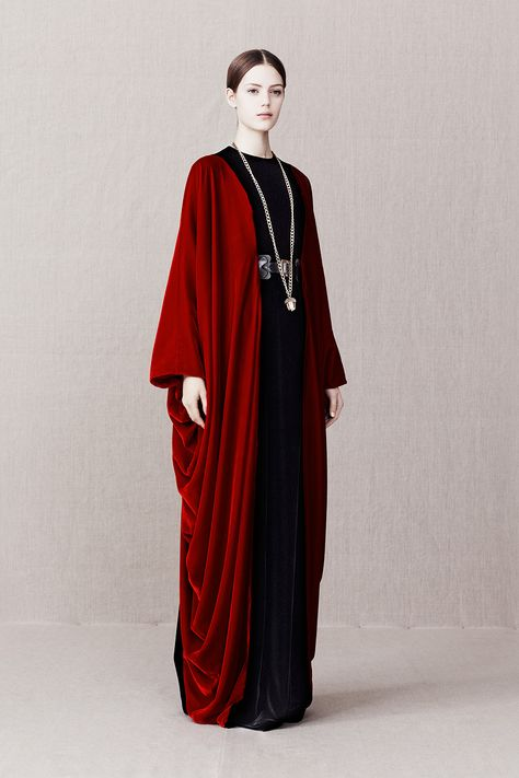 Dramatic red velvet floor-length open front coat / topper with draped sides. Alexander McQueen Pre-Fall 2013 - Runway