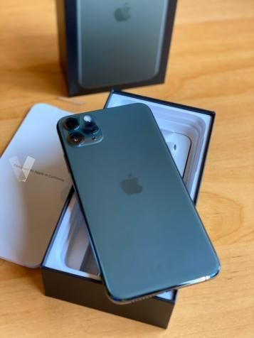 Iphone 11 Pro Max 256gb Notte A Santa Ursula Verde Offerte Marzo Clasf Telefonia Iphone Iphone Gadgets Apple Mobile Phones