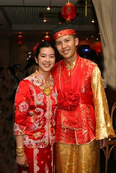 Malaysian Wedding Costumes