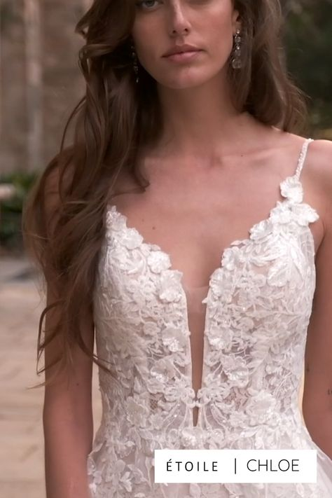 Wow, wow, wow! This magical Spanish courtyard is giving us major Bridgerton vibes! What a romantic backdrop to let the gorgeous 2021 ÉTOILE collection shine -- and they did just that. The intricate lace used in this collection is mesmerizing and beautifully emphasized against the stone backdrop. We are so excited for you to scroll through these images and get some inspo for your dream day…