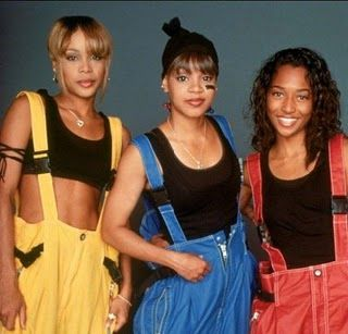 Fashion/Beauty Trends Of The 80s & 90s That Needed To Die