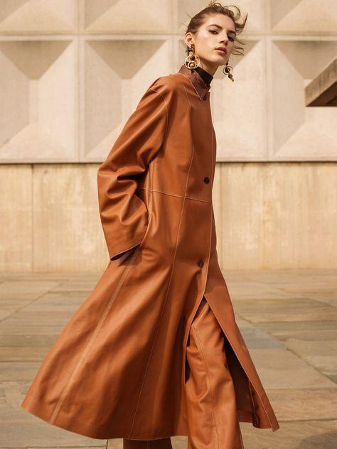 Source: Photos de Mode Publication: Vogue Russia, July 2016 Model: Valery Kaufman Photography: Sebastian Kim Stylist: Natasha Royt Make-up: Kristi Matamoros Hair: Vi Sappyapy While I never ever post…