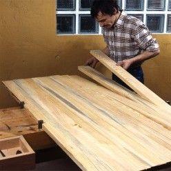 Comment Fabriquer Des Volets Battants En Bois De Sapin Menuiserie Bois Menuiserie Reparations De Maison