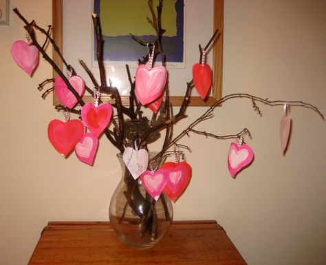 Valentine's day craft activity: gratitude tree