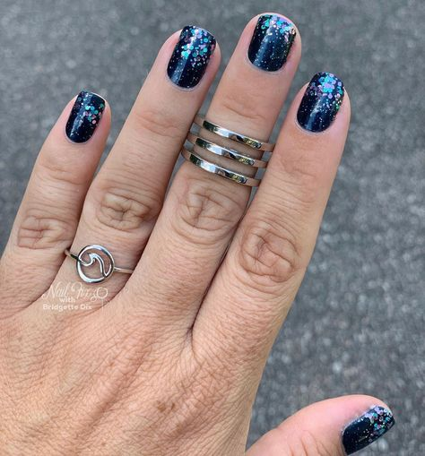 Gorgeous mani with Color Street Color Street Jewel of Mumbai topped with Raise Your Voice Nail Color Combos, Nail Colors, Hair And Nails, My Nails, Mumbai, Sassy Nails, Nail Envy, Color Street Nails, Blue Nails