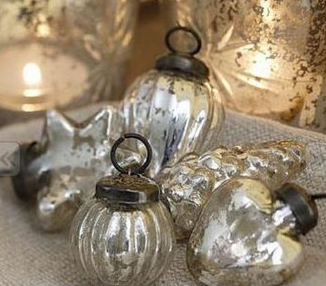 Vintage Decor Rustic Mercury glass ornaments More - Hey there~ Jennifer here. This post is two tutorials for some of our Homemade Christmas Decorations. This one is so unbelievably simple yet equally as effective. It is very kid… Silver Christmas, Christmas Past, Vintage Christmas Ornaments, Christmas Baubles, Glass Ornaments, Christmas Holidays, Christmas Crafts, Homemade Vintage Ornaments, Christmas Mantels