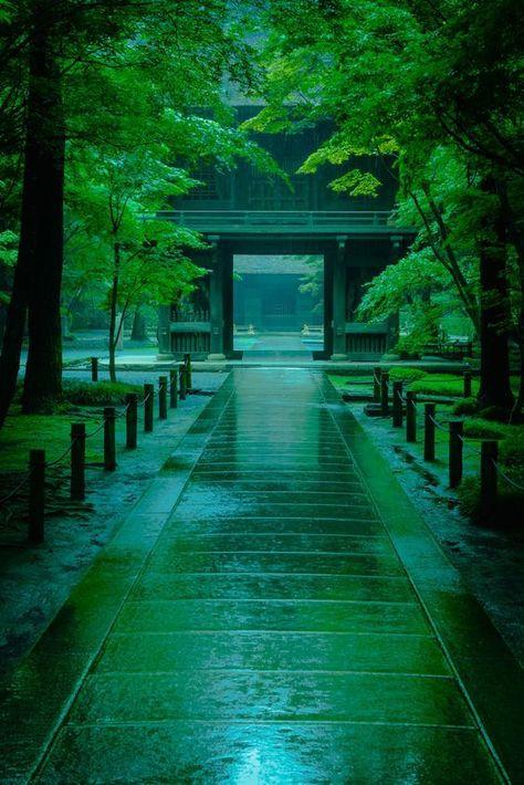 Heirin-ji temple in a rainy day, Niiza, Saitama, japan Landscape Photography, Nature Photography, Night Photography, Travel Photography, Japan Landscape, Japanese Architecture, Japan Travel, Belle Photo, Beautiful Landscapes