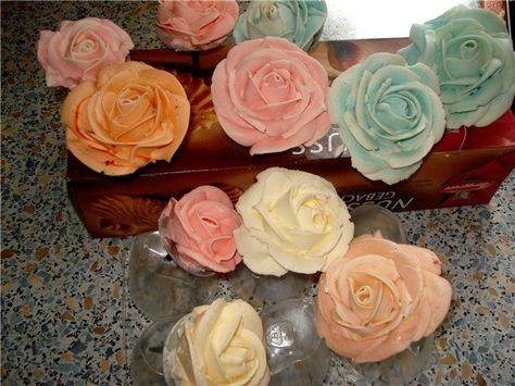 можно ли сделать цветы из крема на мастику телефоны, часы