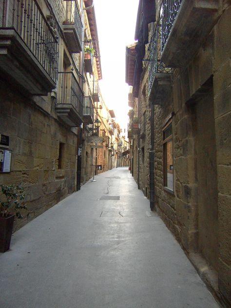 Laguardia álava España Conjunto Monumental De Laguardia álava España Riojaalavesa Laguardia Lugares De España Pueblos De España Lugares Preciosos