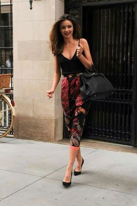 2015 Floral Pants For Women - Street Style Trends LOVE! If only I was a little taller!
