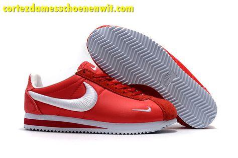 1815fc804cb Kopen Nike Classic Cortez Nylon Heren Loopschoenen Borduurwerk Rood Wit