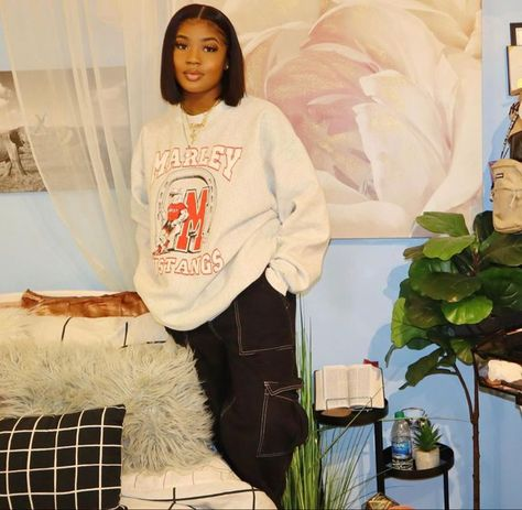 Discover recipes, home ideas, style inspiration and other ideas to try. Autumn Fashion For Teens, Teen Boy Fashion, Black Girl Fashion, Teen Fashion Outfits, Fashion Fall, Fashion Edgy, Fashion 2020, Fashion Women, Fashion Dresses