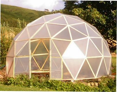 a dome greenhouse design that doesn't cost a fortune and is easy