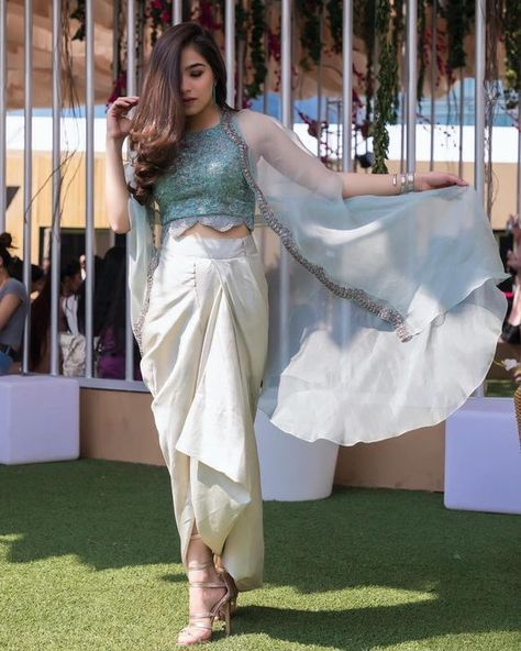 Stunning Engagement outfits ideas for bride-to-be - SetMyWed - Indian designer outfits -