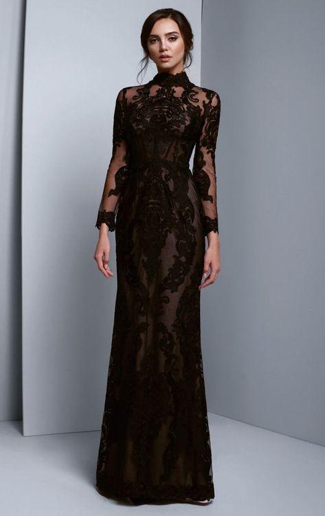 Elegant Dresses, Pretty Dresses, Beautiful Dresses, Amazing Dresses, Black Wedding Gowns, Gothic Wedding, Goth Wedding Dresses, Black Weddings, Red Wedding