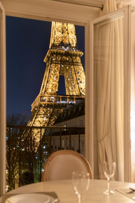 Where to Stay in Paris with a View of the Eiffel Tower from your apartment! City Aesthetic, Travel Aesthetic, Arquitectura Wallpaper, The Places Youll Go, Places To Go, Paris Travel, Dream Vacations, Aesthetic Pictures, Places To Travel