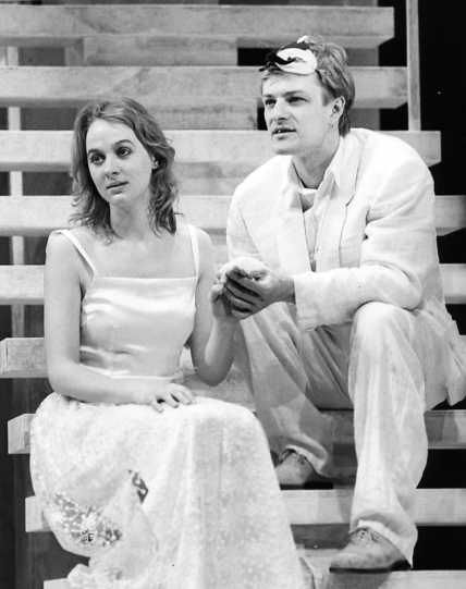 Sean Bean as Romeo and Niamh Cusack as Juliet in the Royal Shakespeare Company's 1986 production of Romeo and Juliet.