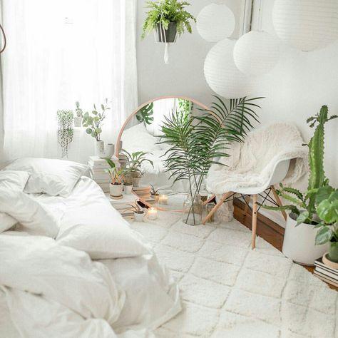 Um quarto todo branco @urbanoutfittershome  #quarto #quartodedormir #decor #decoração #decoracao #homedecor #GostoDisto