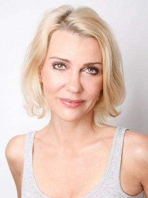 Alexandra Rietz Grosse Gewicht Masse Alter Biographie Wiki In 2020 Haarfarbe Blond Haarfarben Augenfarbe