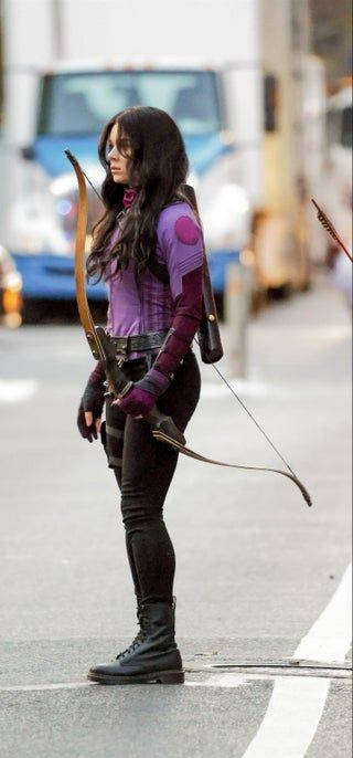 More pics of Hailee on set in her costume