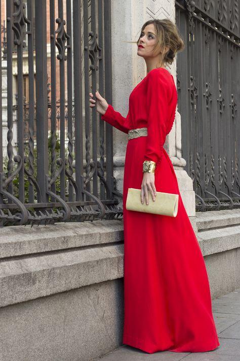 UNA PRINCESA (EN RED) SE PASEA POR MADRID (I)  http://streetdetails.es/una-princesa-en-red-se-pasea-por-madrid/