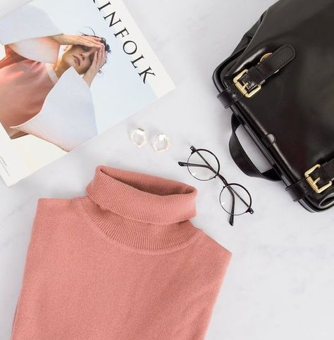 Contemporary Lifestyle FLAT LAY PHOTOGRAPHY IDEAS FOR CLOTHING #flat #lay #photography #clothing #set #up