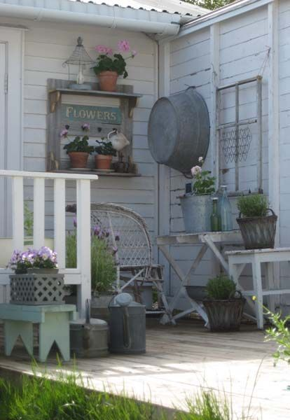 20 Creative Outdoor Wall Decor Ideas Porch Design Farmhouse