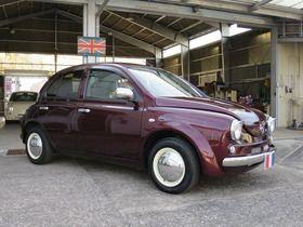 マーチ純正色の フランボワーズレッド ミラジーノ かわいい車 車