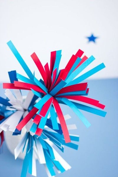 DIY Paper Fireworks Centerpiece - DIY Decor For Your Fourth Of July Party - Photos