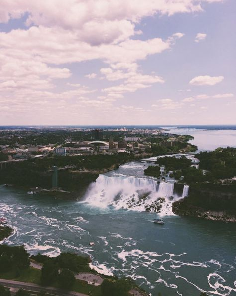 Niagara Falls, Canada-U.S. - The Most Majestic Waterfalls Around the World - Photos