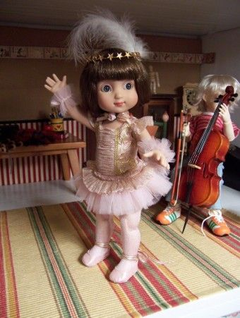 About Baby Ballerina: Ann Estelle in the new Tonner Patsy tutu.  Too too cute!