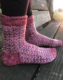 ZikZak socks pattern by Stone Knits | Knitting Patterns