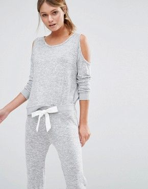New Look Cold Shoulder Cut & Sew Pyjama Top With Bow Back