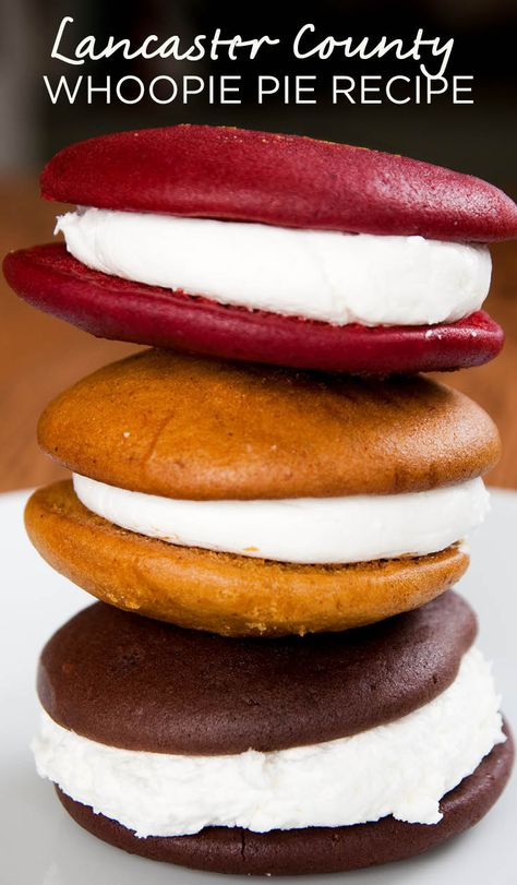 The Lancaster County Whoopie Pie Whoopie Pie Filling, Gob Cake Recipe, Amish Recipes, Baking Recipes, Sweet Recipes, Cookie Recipes, Köstliche Desserts, Delicious Desserts, Dessert