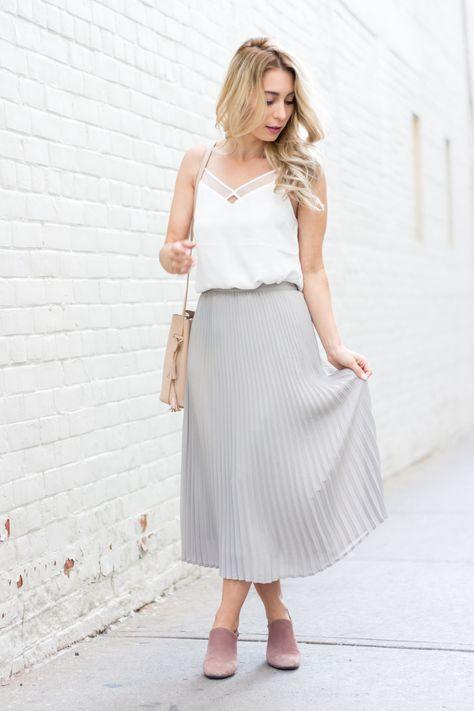 c035afc35 Soft Grey Midi Skirt   La Petite Noob   A Toronto-Based Fashion and  Lifestyle Blog.