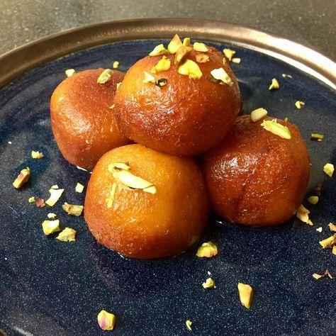 Gulab jamun fait maison # gulabjamun #youtube #homemade #mithai #sweet #sweetthooth ... - #desifood #dessert #fait #food #foodbyremma #foodphoto #foodphotography #foody #gulab #Gulabjamun #gulabjamunlove #gulabjamunrecipe #homechef #homemade #indianfood #indianmithai #instafood #instagram #instapic #jamun #kuchmithahojaye #maison #mitha #mithai #sweet #sweetthooth #youtube #yummy #zoet