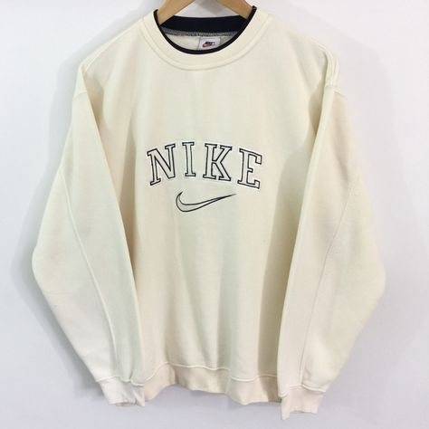 Cute Lazy Outfits, Trendy Outfits, Cool Outfits, Casual Nike Outfits, Teen Fashion Outfits, Retro Outfits, Vintage Outfits, Nike Sweatshirts, Outfits With Sweatshirts