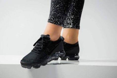 Nike air vapormax flyknit triple black woven shoes to the