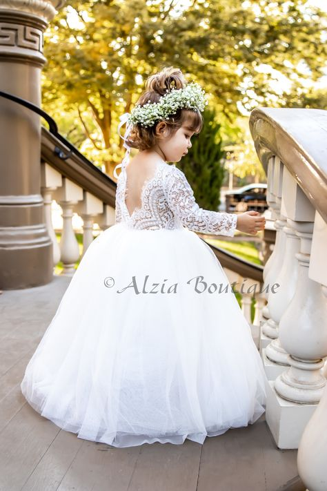 Baby Princess Dress, Princess Ball Gowns, Cute Wedding Ideas, Wedding Styles, Lace Flower Girls, Flower Girl Dresses, Fall Sunflower Weddings, Tulle Flowers, White Tulle