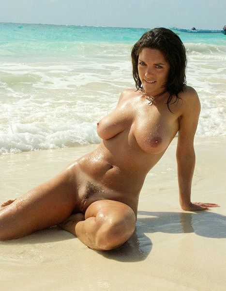 nude-beach-naked-woman-anal-sex-india