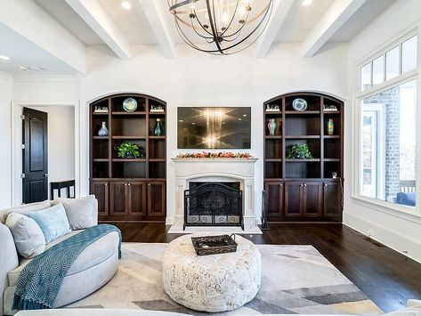 5020 Riverview Rd Sandy Springs Ga 30327 Zillow In 2020 Spacious Living Room Living Room Office Open Concept Floor Plans
