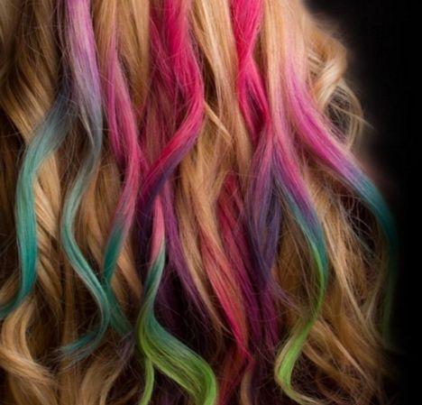 افضل أنواع صبغات الشعر واسعارها في الصيدليه موضوع يهمك Hair Chalk Diy Hair Chalk Cool Hairstyles